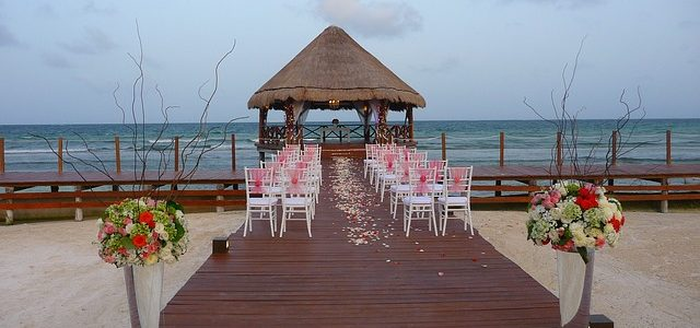 How to Stage Your Dream Wedding within Your Budget